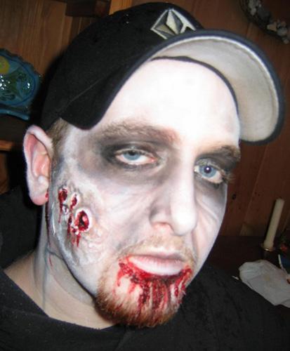 Make a zombie makeup